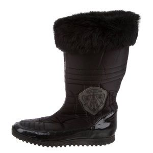 Gucci Hysteria Fur Quilted Mid Calf Snow Boots